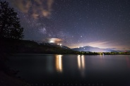 It's always hard to aviod stopping at Green Lake when heading up whistler for night shoot. And there're no exception on this evening after shooting aurora at Alta Lake. The galactic centre of the milky way was just above the horizon around this time of the night.