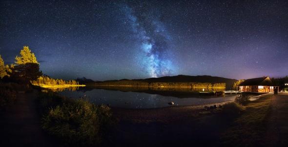 Maligne Lake Night Pano